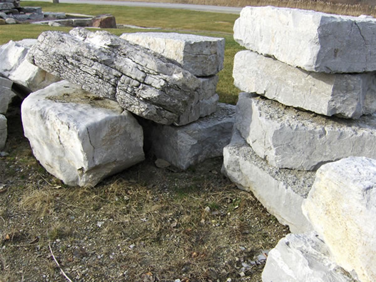d e landscaping grading rocks boulders