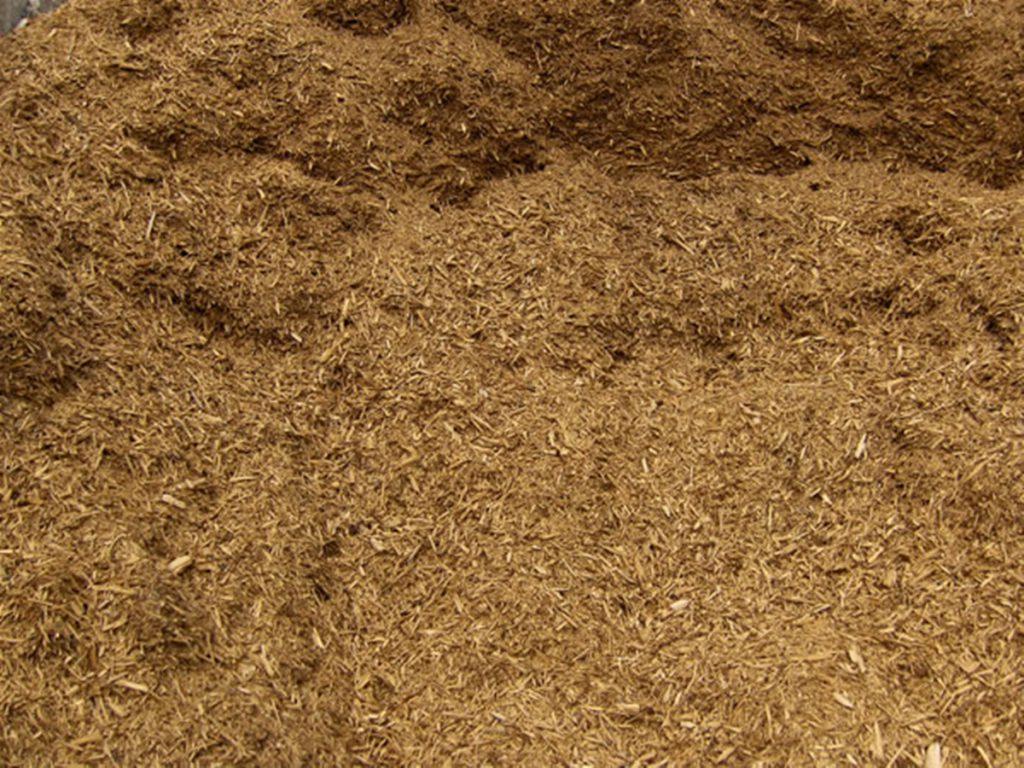 cedar_mulch_landscape-materials-streetscape-062